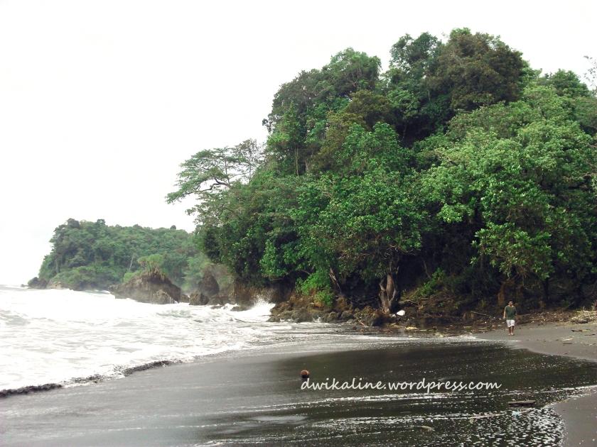 Scenery Pantai Batukaras
